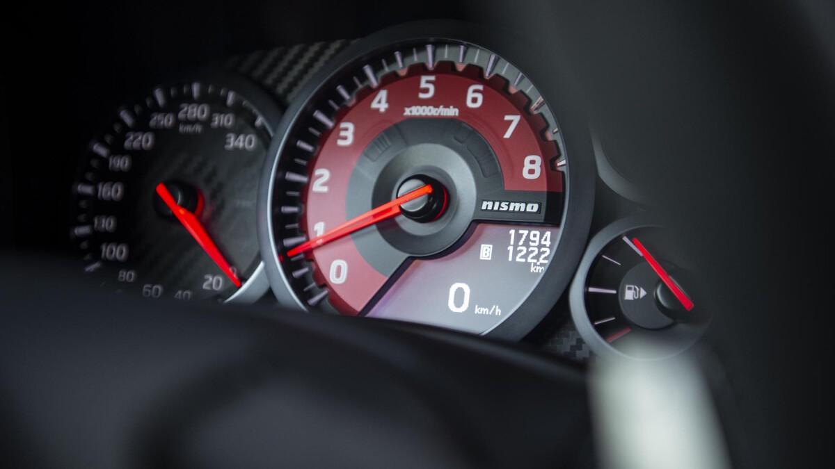 Nissan GT-R Nismo odometer