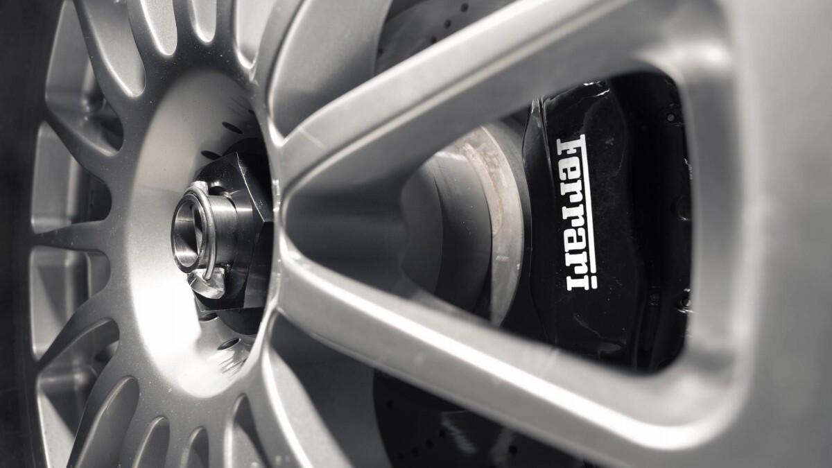The Ferrari 575 - Wheel Detail