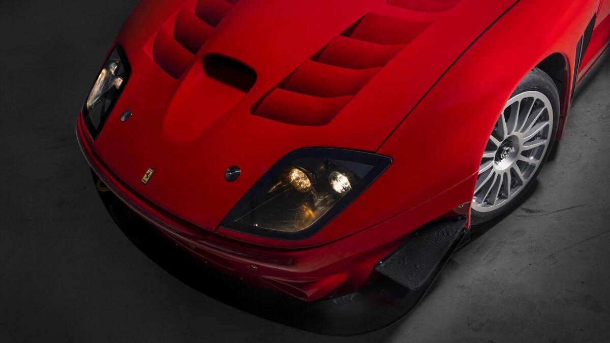 The Ferrari 575 - Hood Top View