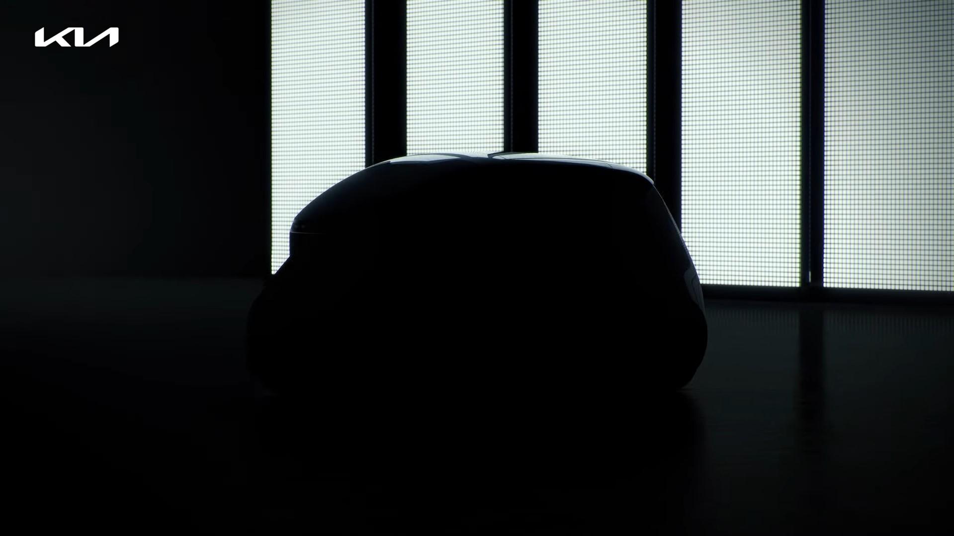 Kia Teaser White Side View