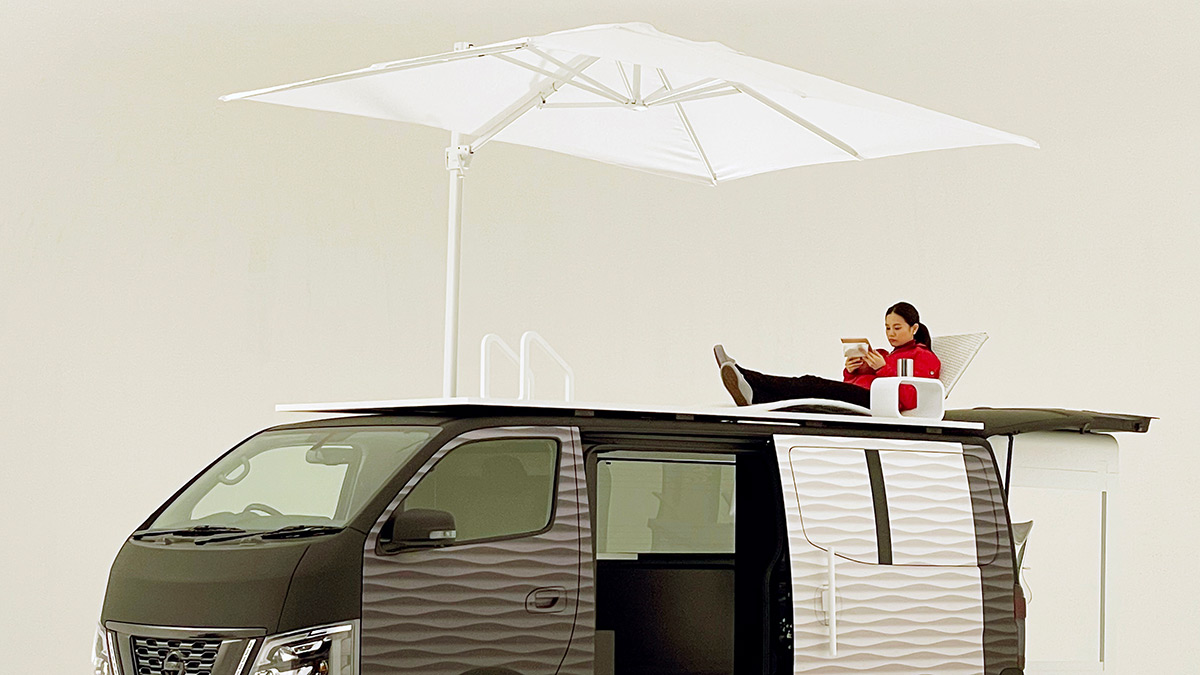 Nissan NV350 Office Pod Concept - Lounging Concept