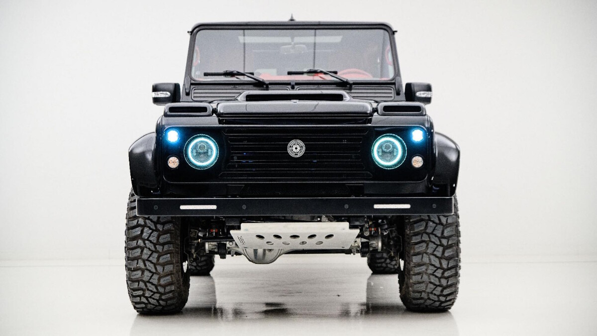 Ares Design's Land Rover Defender Spec 1.2