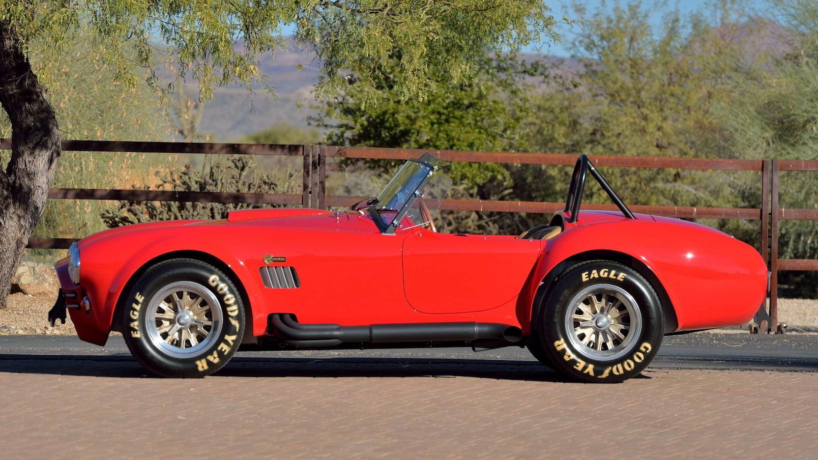 Shelby Cobra - Side Profile