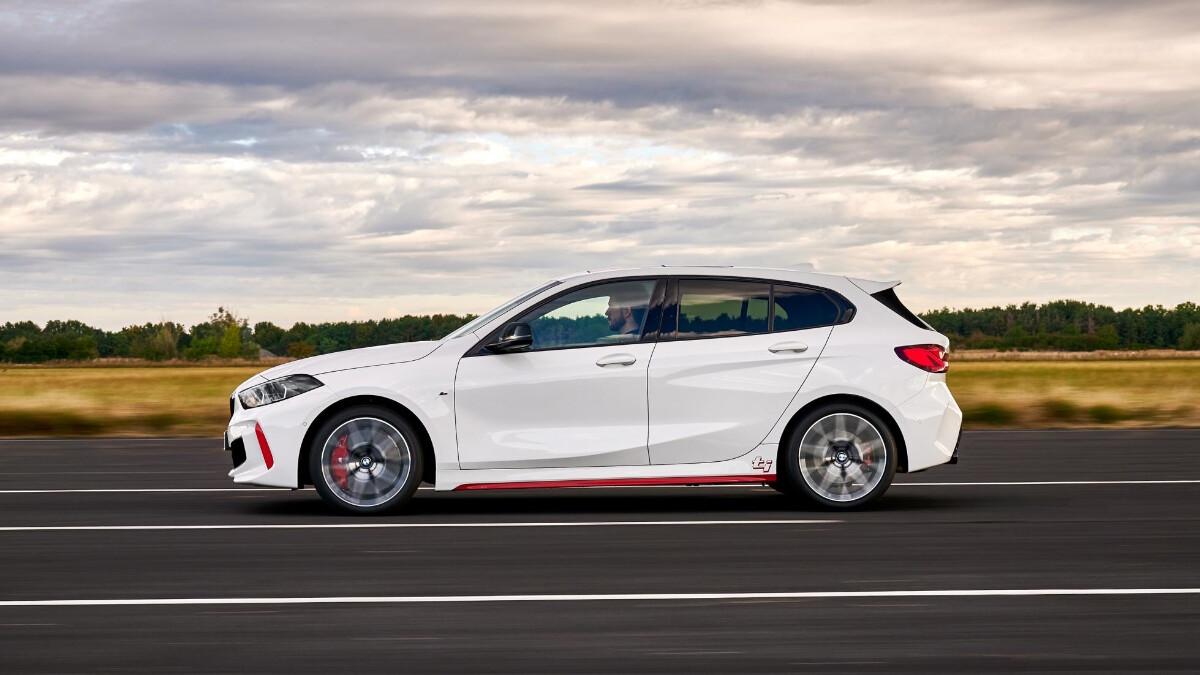 BMW 128ti - Profile