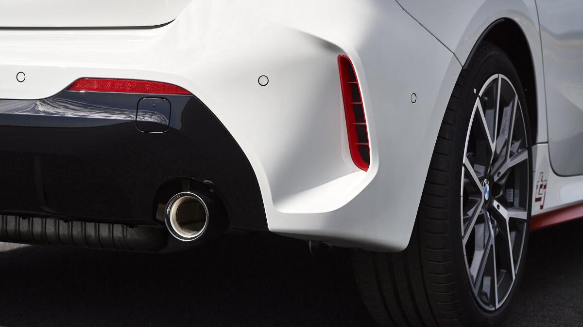 BMW 128ti - Rear Detail/Exhaust
