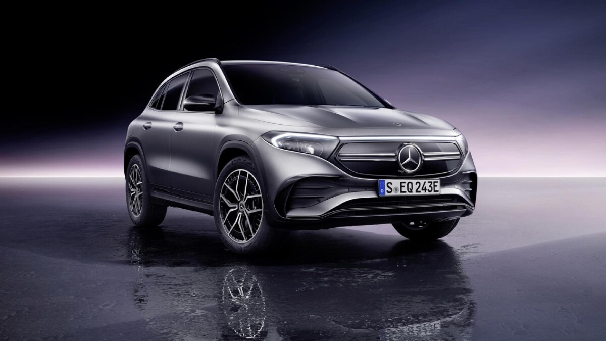 The Mercedes-Benz EQA  - Front Angle