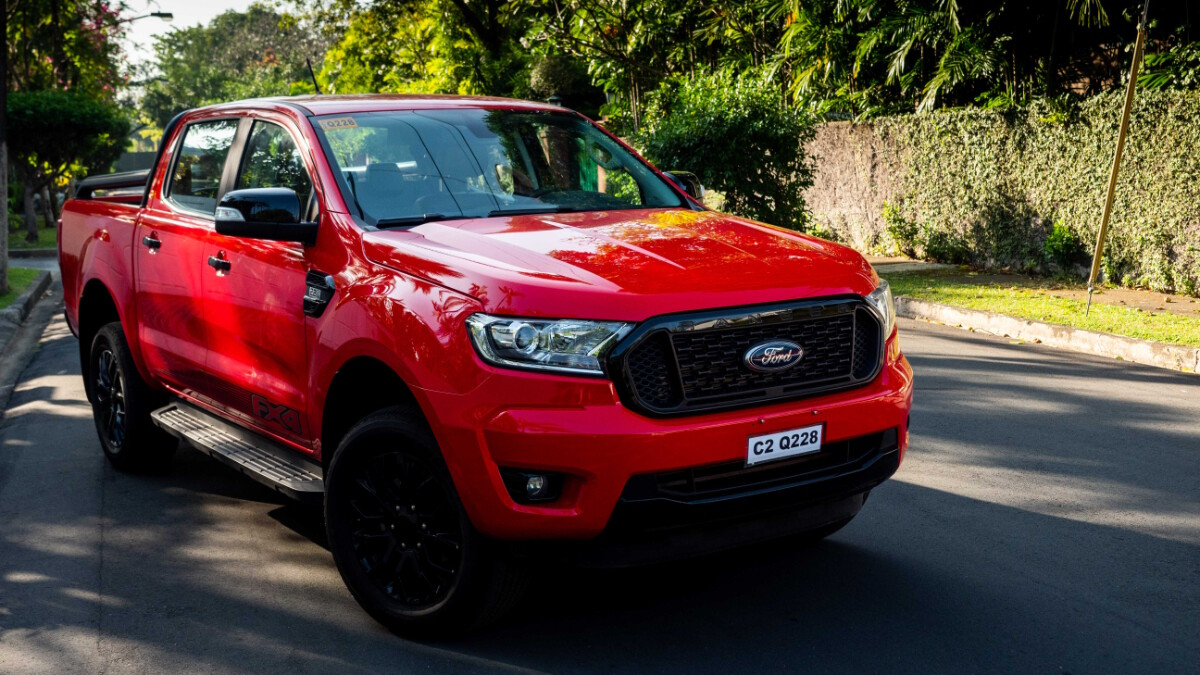 The 2020 Ford Ranger FX4 4x2 AT - Front Angle