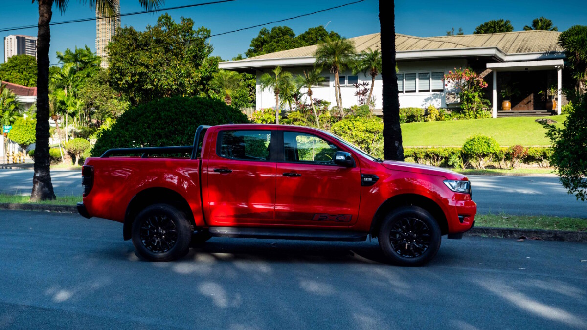 The 2020 Ford Ranger FX4 4x2 AT - Profile