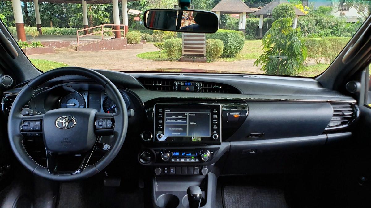 The Toyota Hilux Conquest - Dashboard