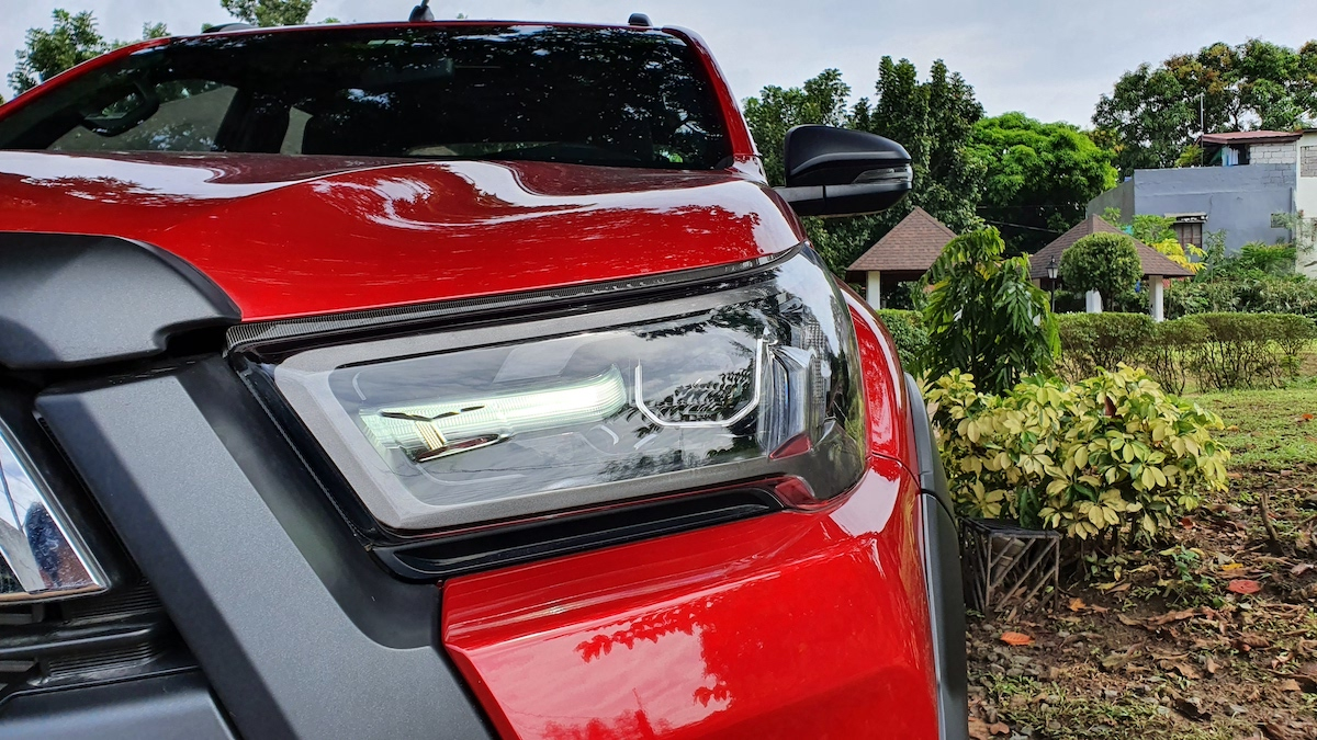 The Toyota Hilux Conquest - Headlamp Detail