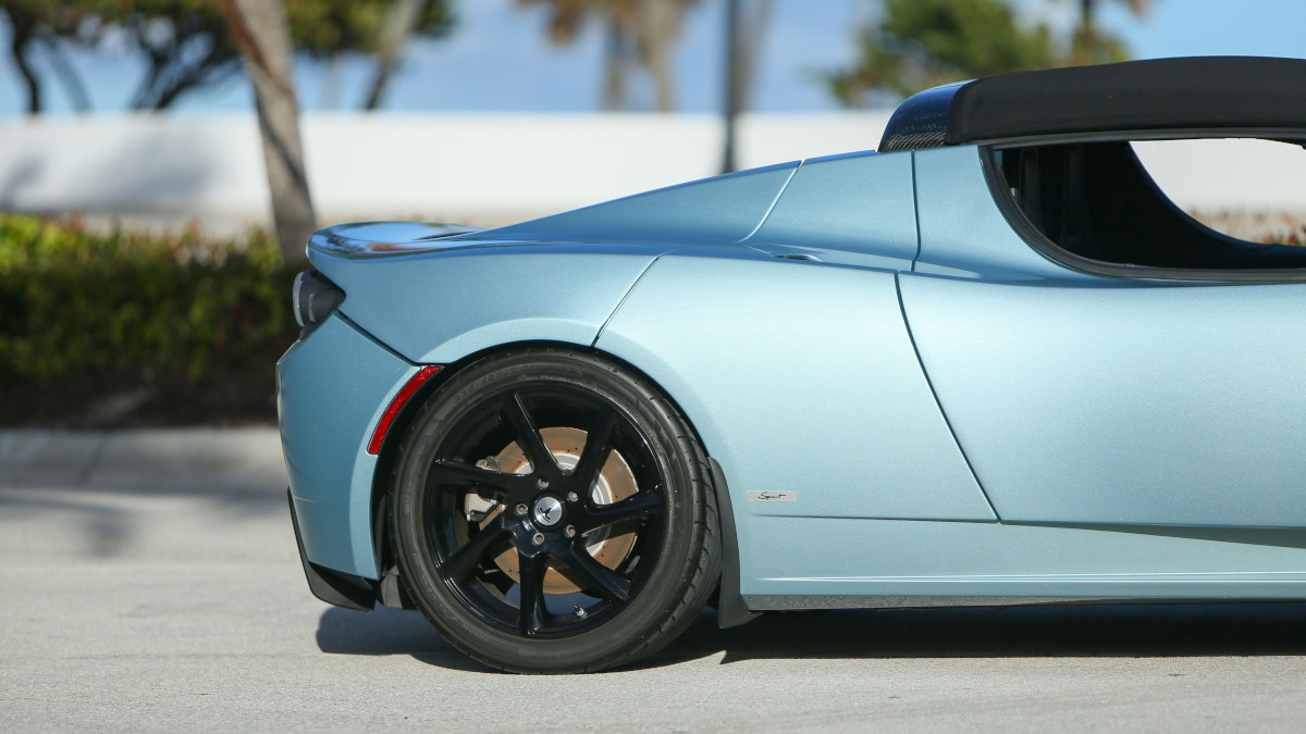 Tesla R80 Roadster - Rear Wheel