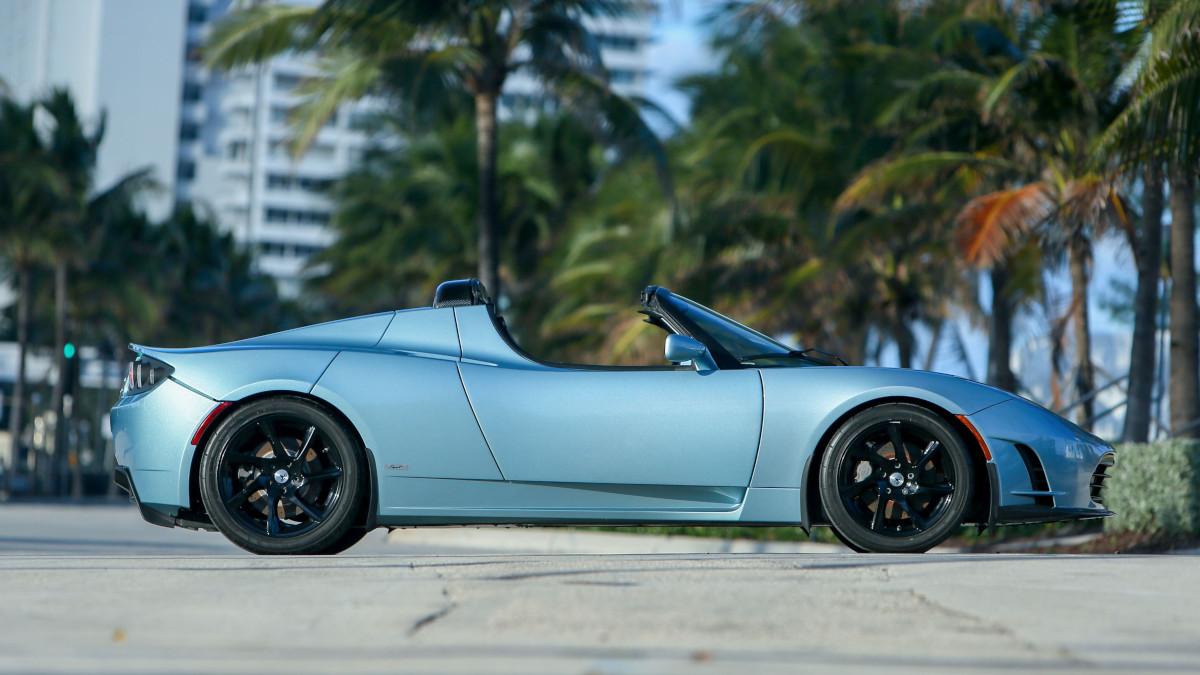 Tesla R80 Roadster - Profile v.2