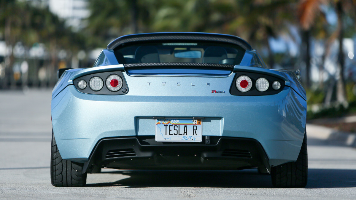 Tesla R80 Roadster - Rear