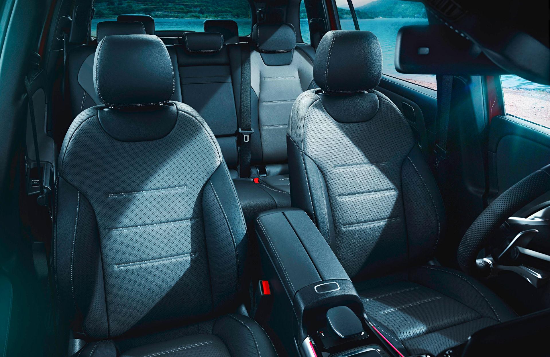 Mercedes-AMG GLB 35 - Passengers' Seats