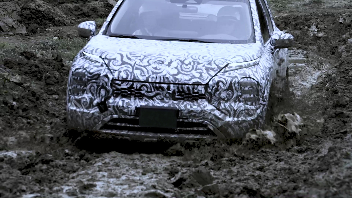 Mitsubishi Outlander - Off-road action