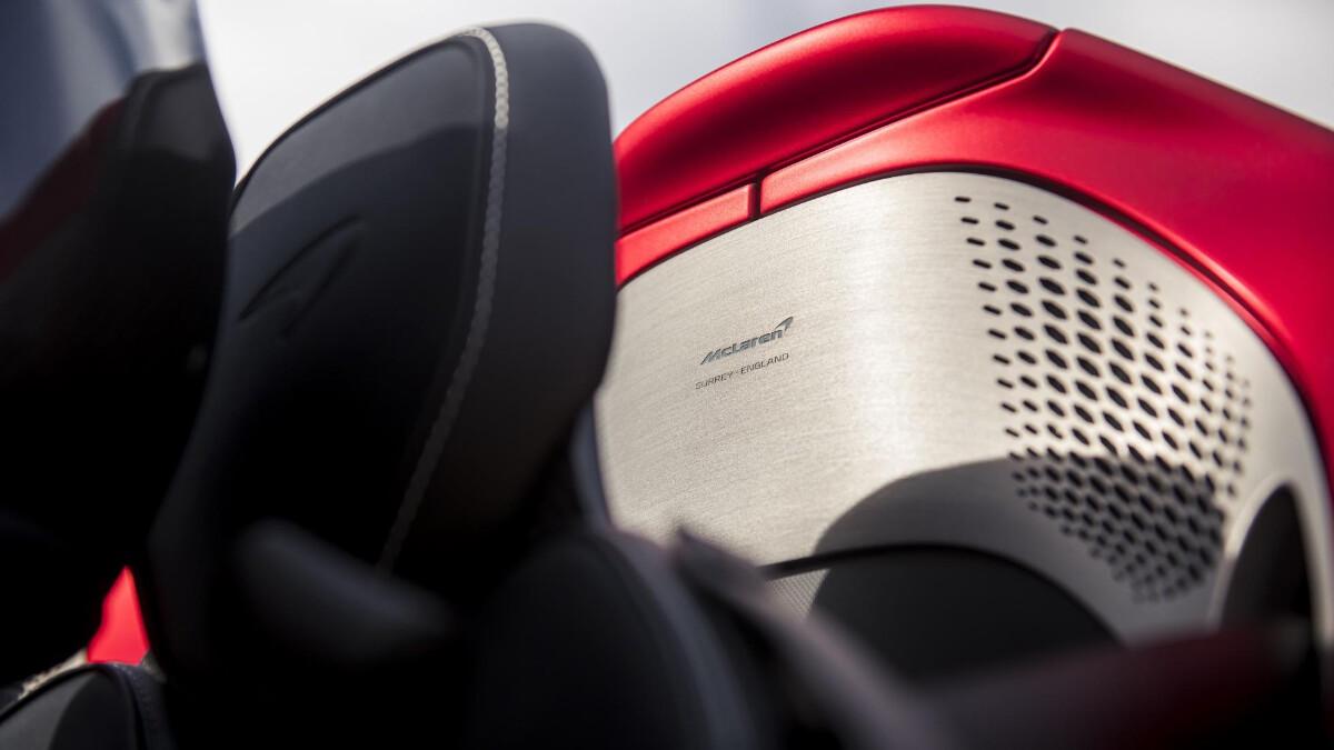 The McLaren Elva - Seats Close Up