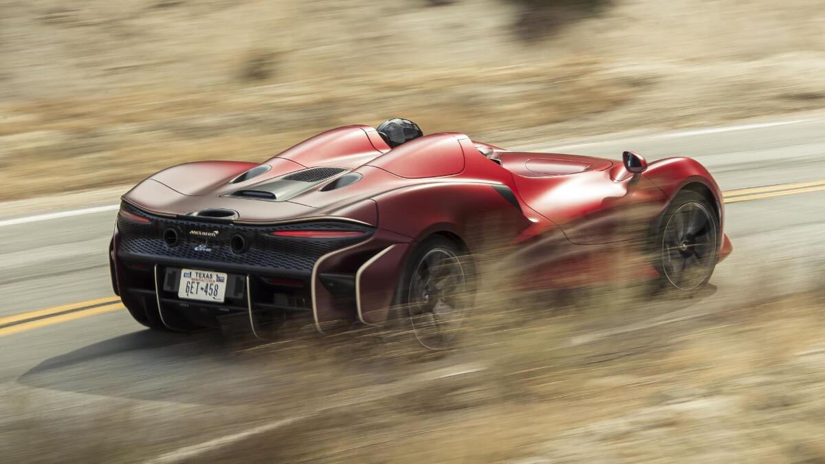 The McLaren Elva - In Action