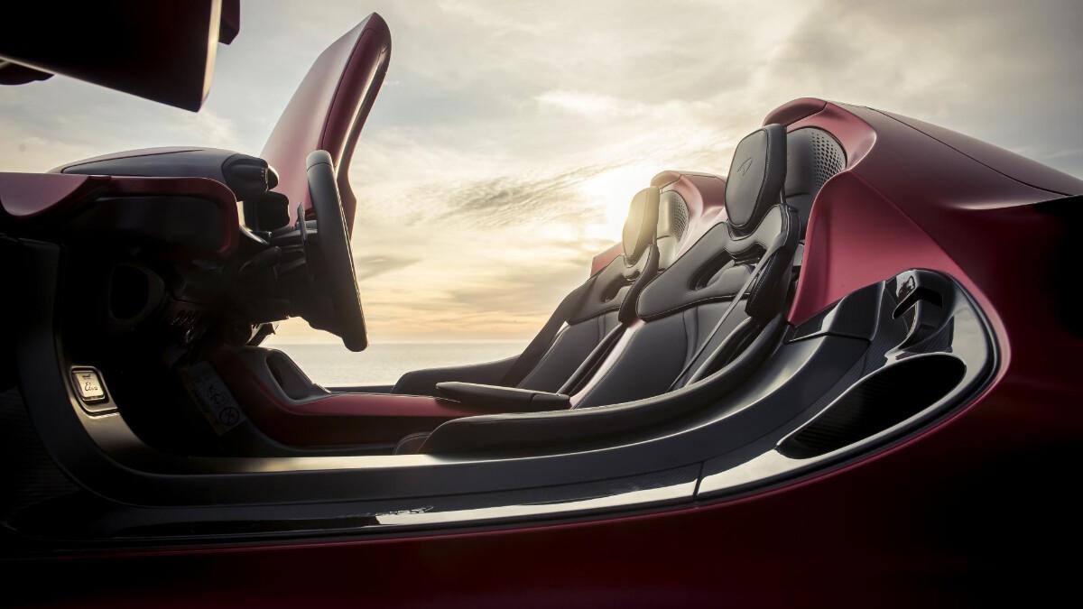 The McLaren Elva - Passenger Seats