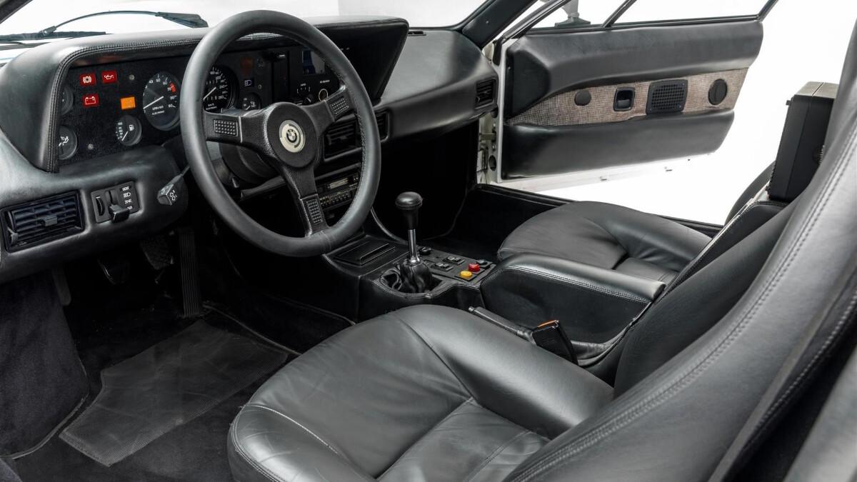Paul Walker's BMW M1 - Steering Wheel