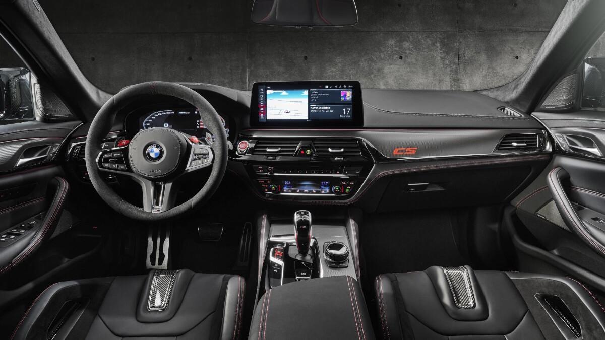 BMW M5 CS - Dashboard Wide Angled View