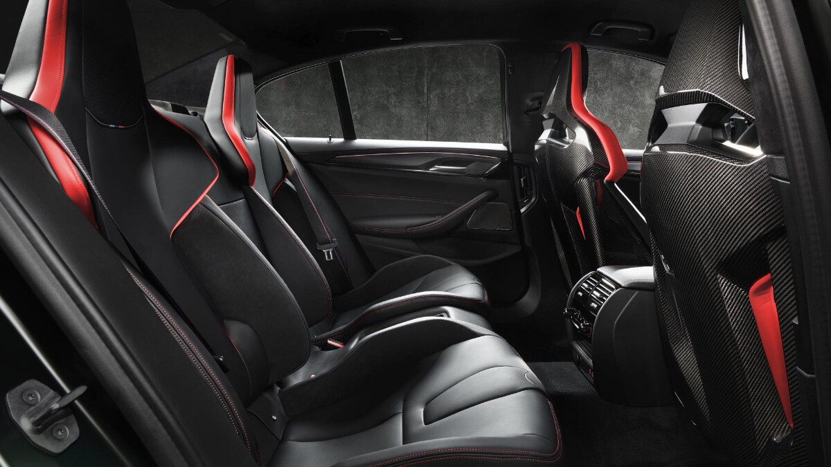 BMW M5 CS - Backseats