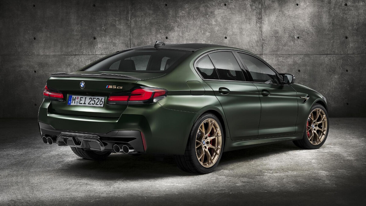 BMW M5 CS - Rear Angled View