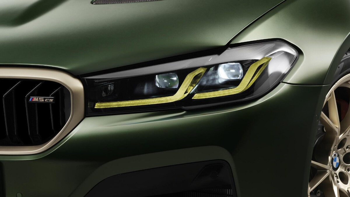 BMW M5 CS - Head Lamp Close Up