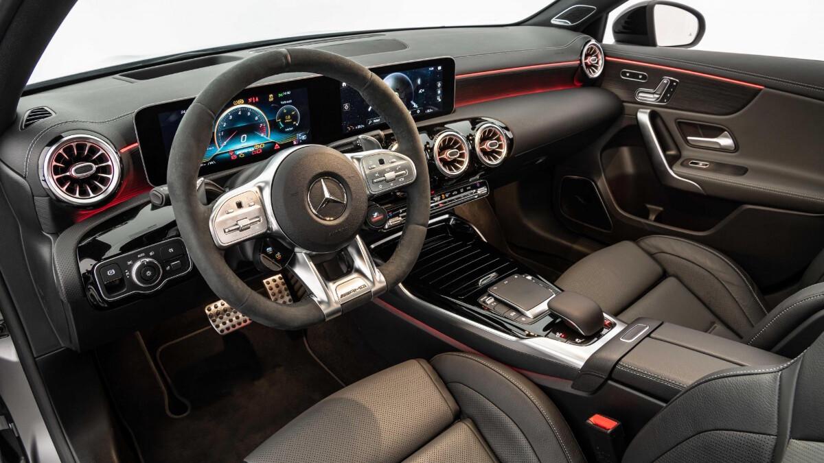 The Mercedes-Benz Brabus B45 - Interior, Dashboard