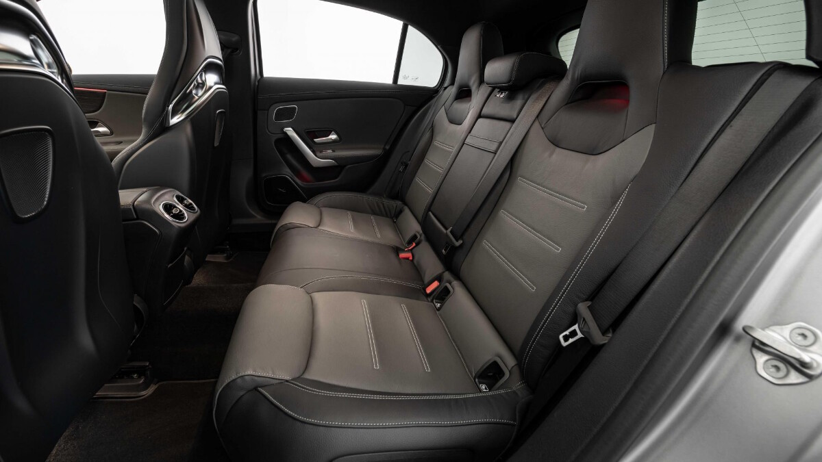 The Mercedes-Benz Brabus B45 - Backseat Features