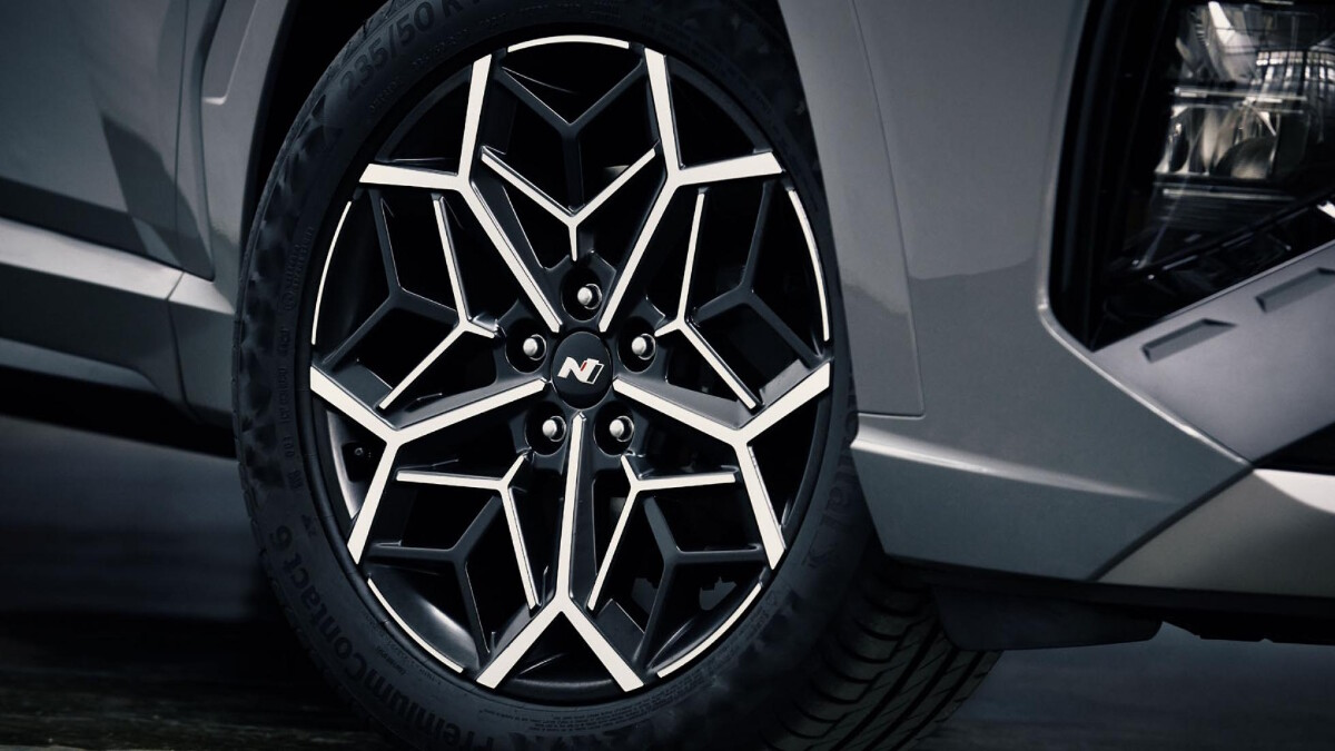 The Tucson N Line - Front Wheel Detail