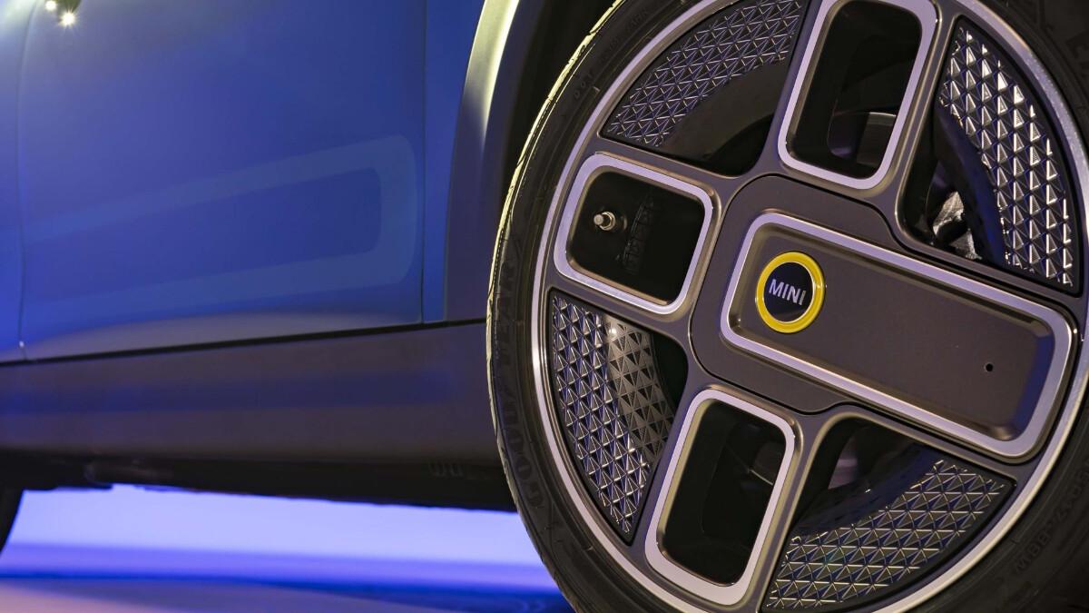 Mini Hatch - Wheel Detail