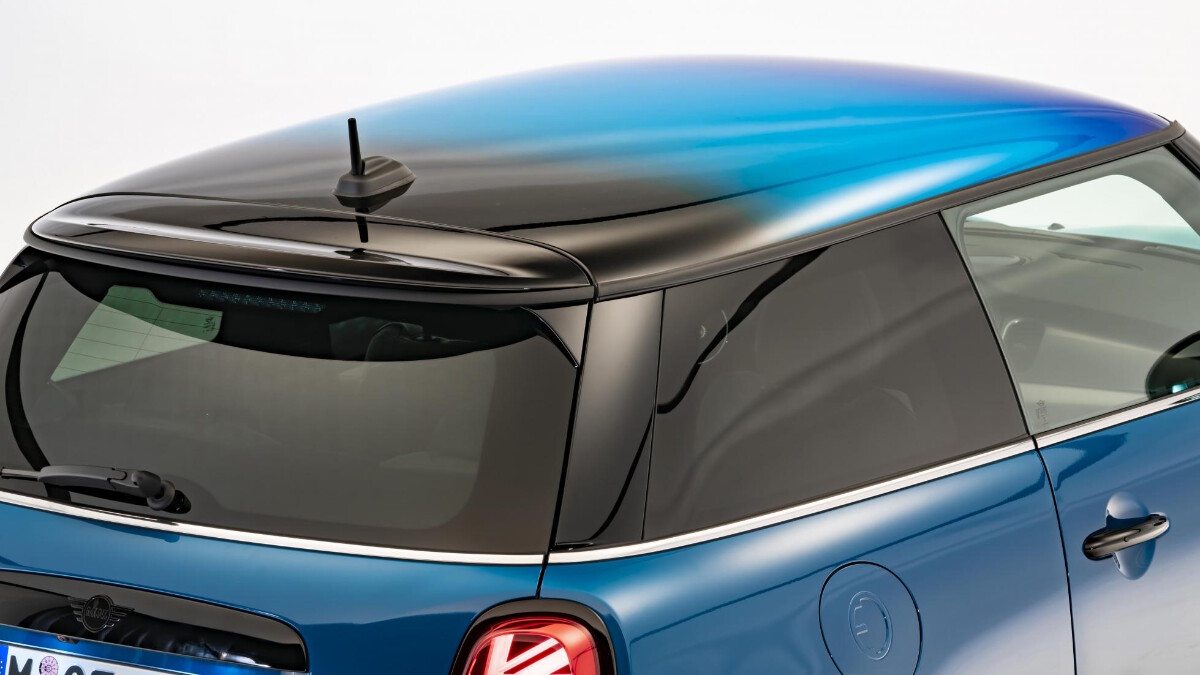 Mini Hatch - Top Angled View