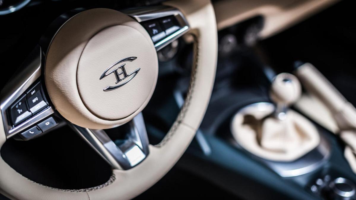 Hurtan Grand Albaycín - Steering Wheel