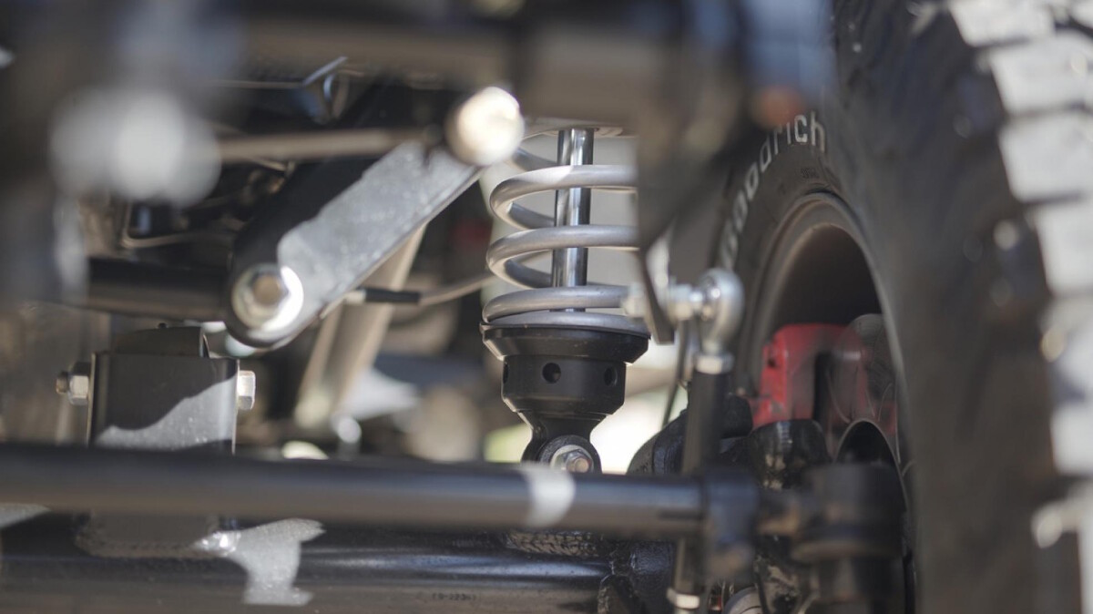 The Toyota FJ44 Land Cruiser - Suspensions