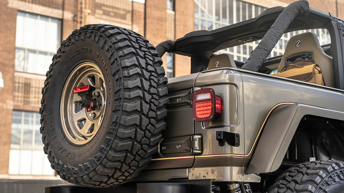 The Quadratec Jeep Wrangler - Spare Tire and Carrier