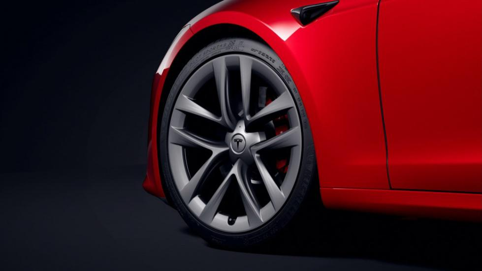The Tesla Model S  - Front Profile View