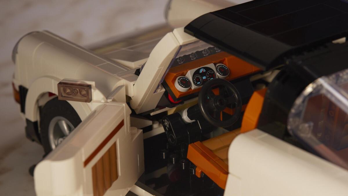The New Porsche Lego Kit  - Steering Wheel Close Up