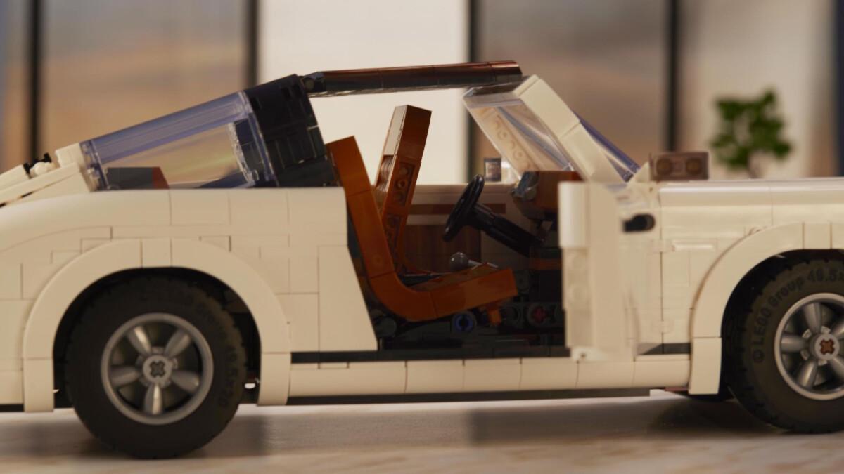 The New Porsche Lego Kit  - Profile Close Up