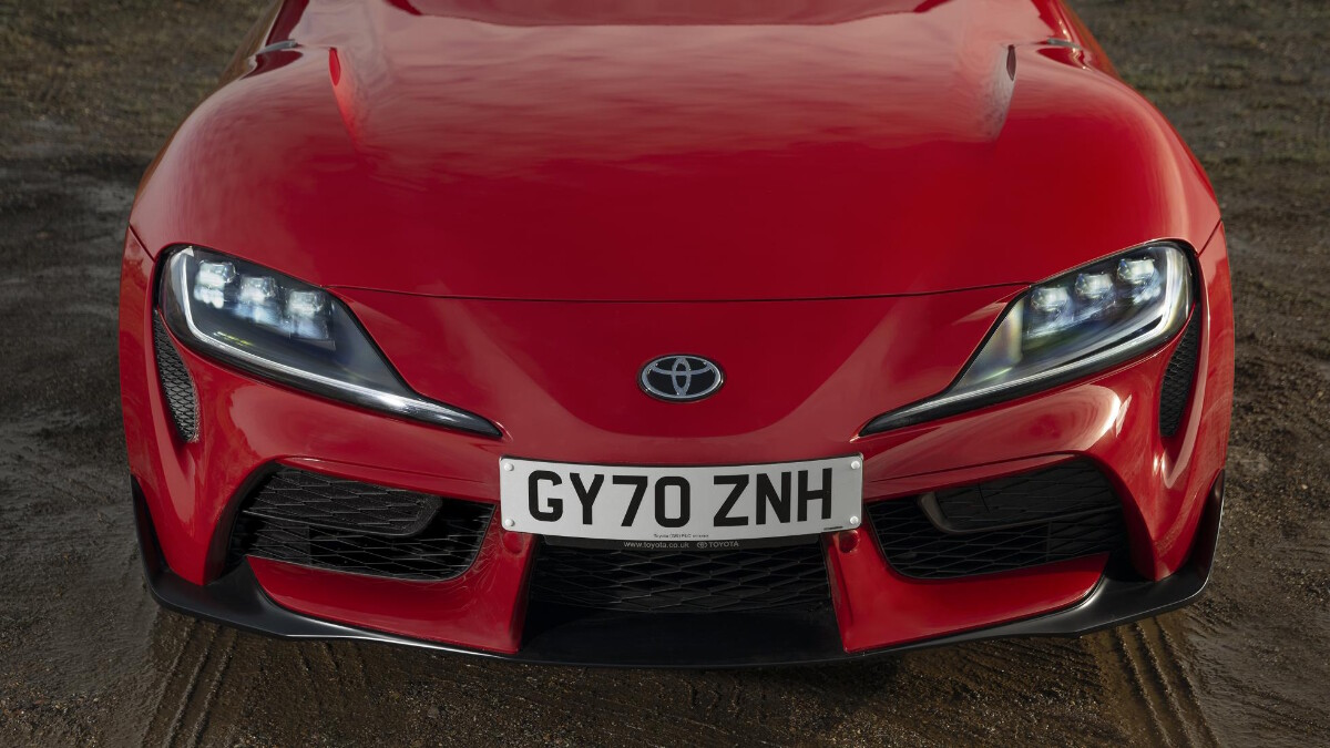 2021 Toyota Supra 2.0 front view, hood and headlight feature