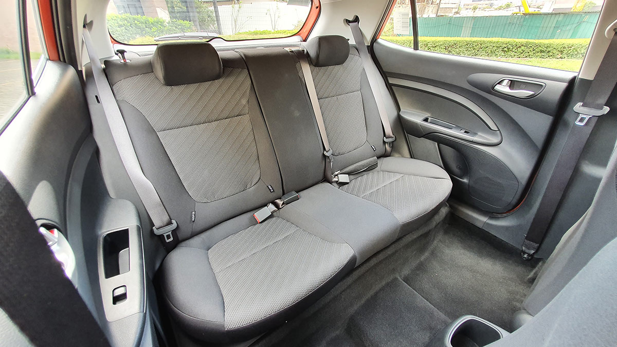 The Kia Stonic - Backseat Details