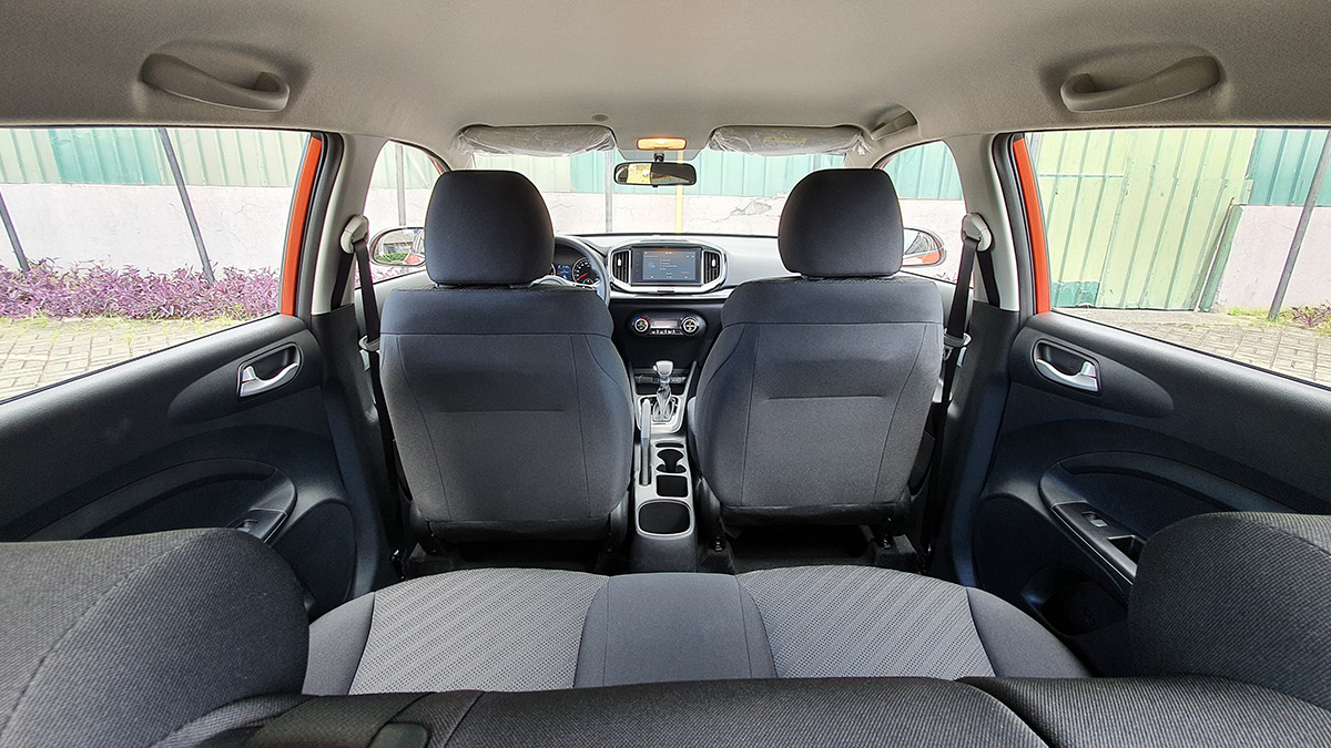 The Kia Stonic - View from the backseats