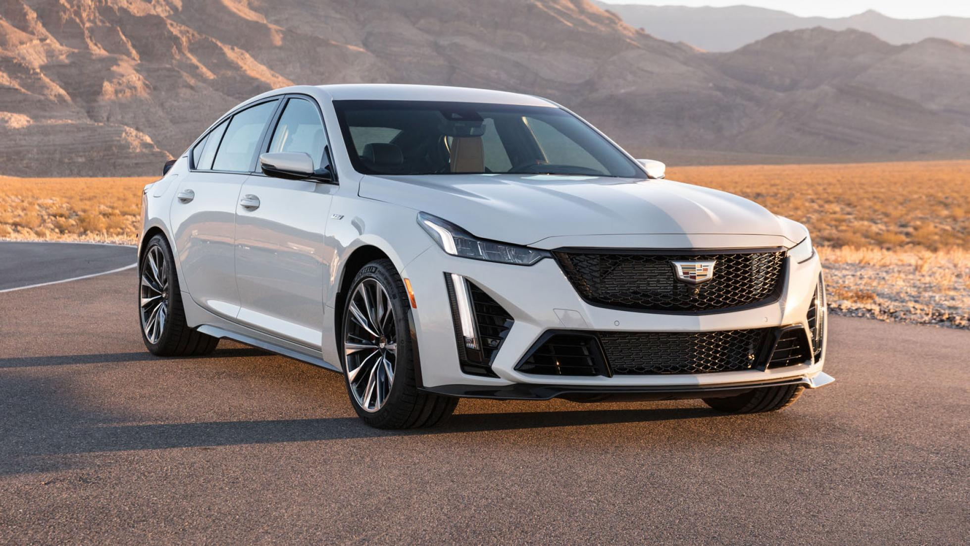 Cadillac CT5-V (white) - Outdoors