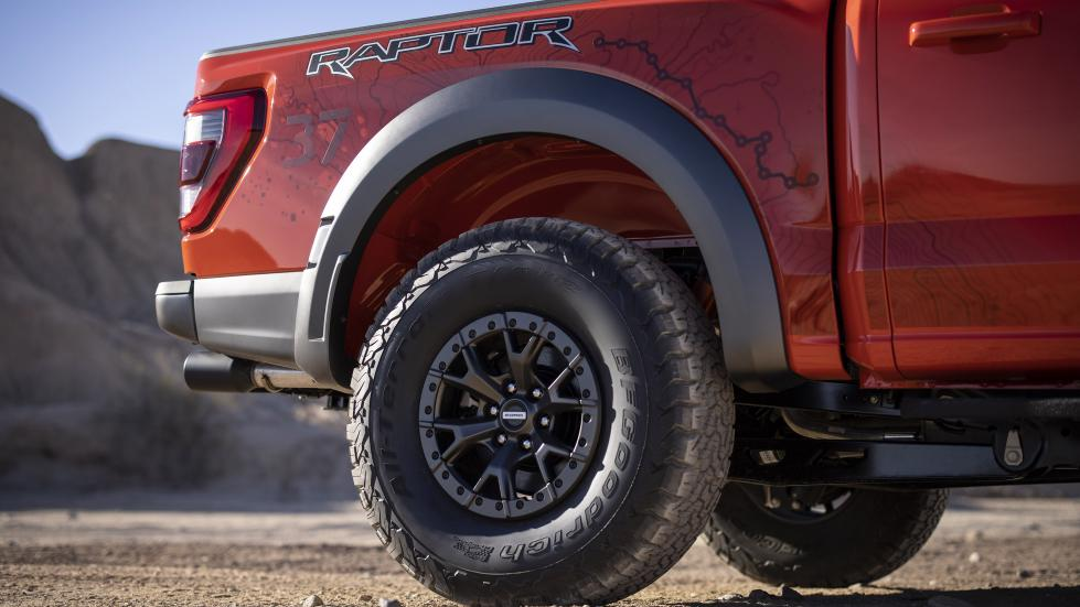 The Ford F-150 Raptor - Rear Tires