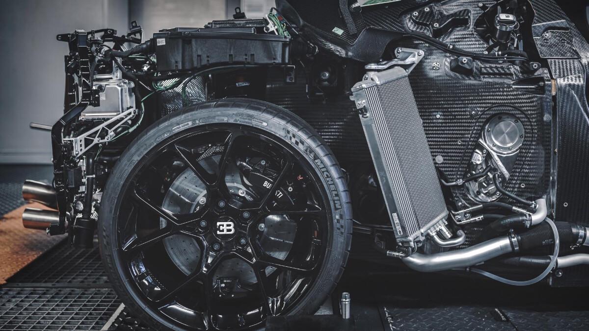 The Bugatti Centodieci front wheel without the bodywork