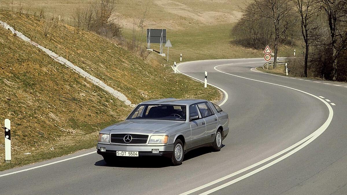 The Mercedes-Benz Auto 2000 Concept