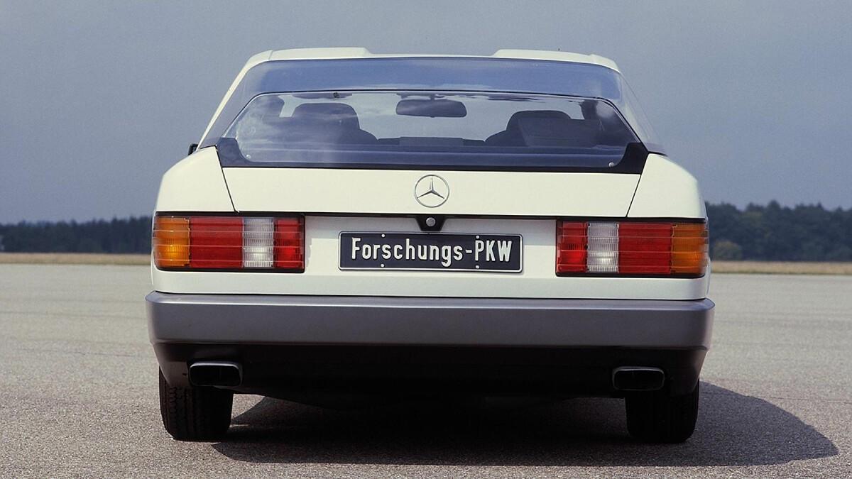 The Mercedes-Benz Auto 2000 Concept Rear View