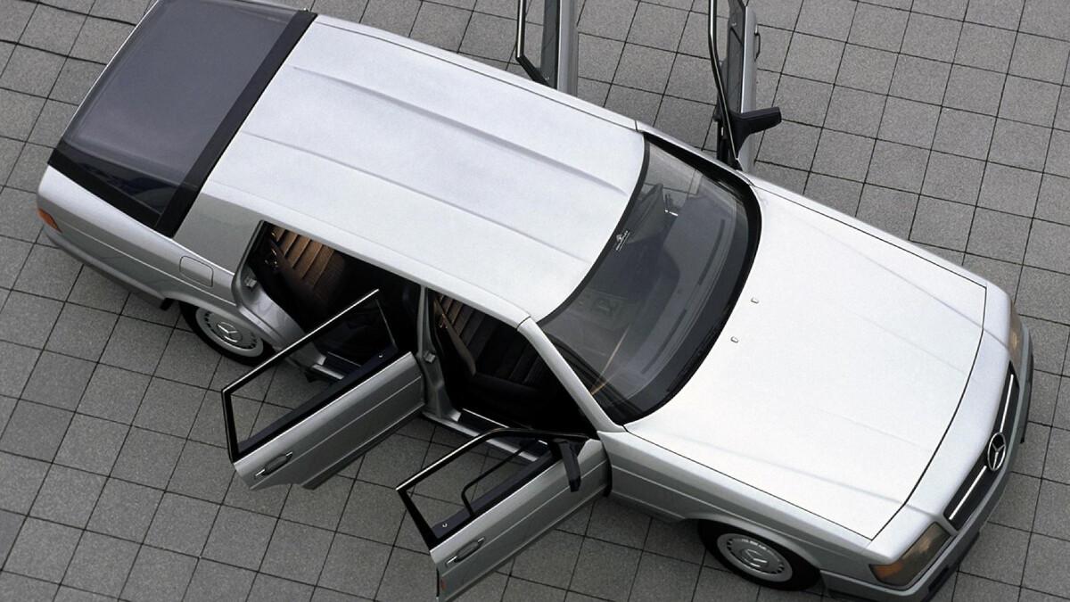 The Mercedes-Benz Auto 2000 Concept top view, doors open