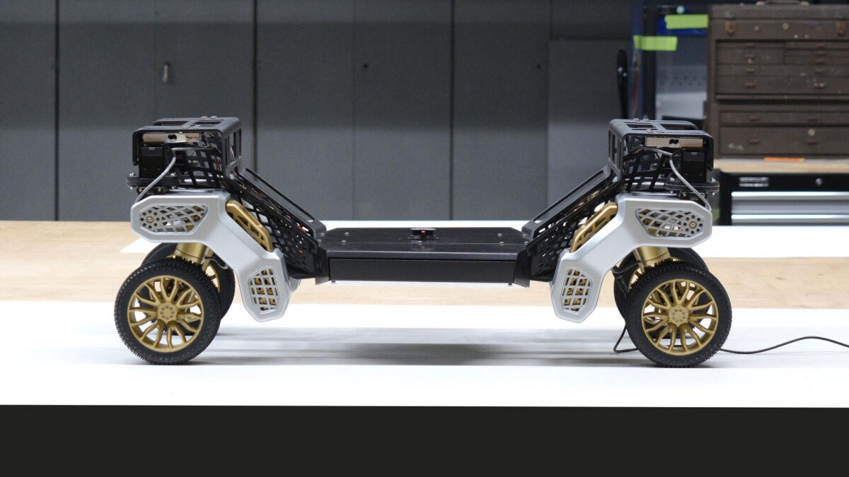 The Hyundai TIGER X-1 wheel and chassis module