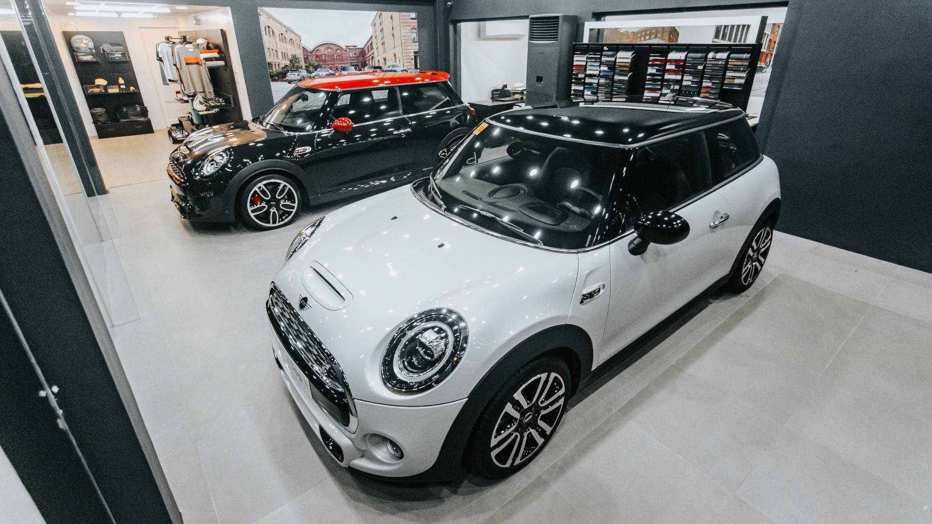 Two Minis on display at the new AutoStudio Cebu