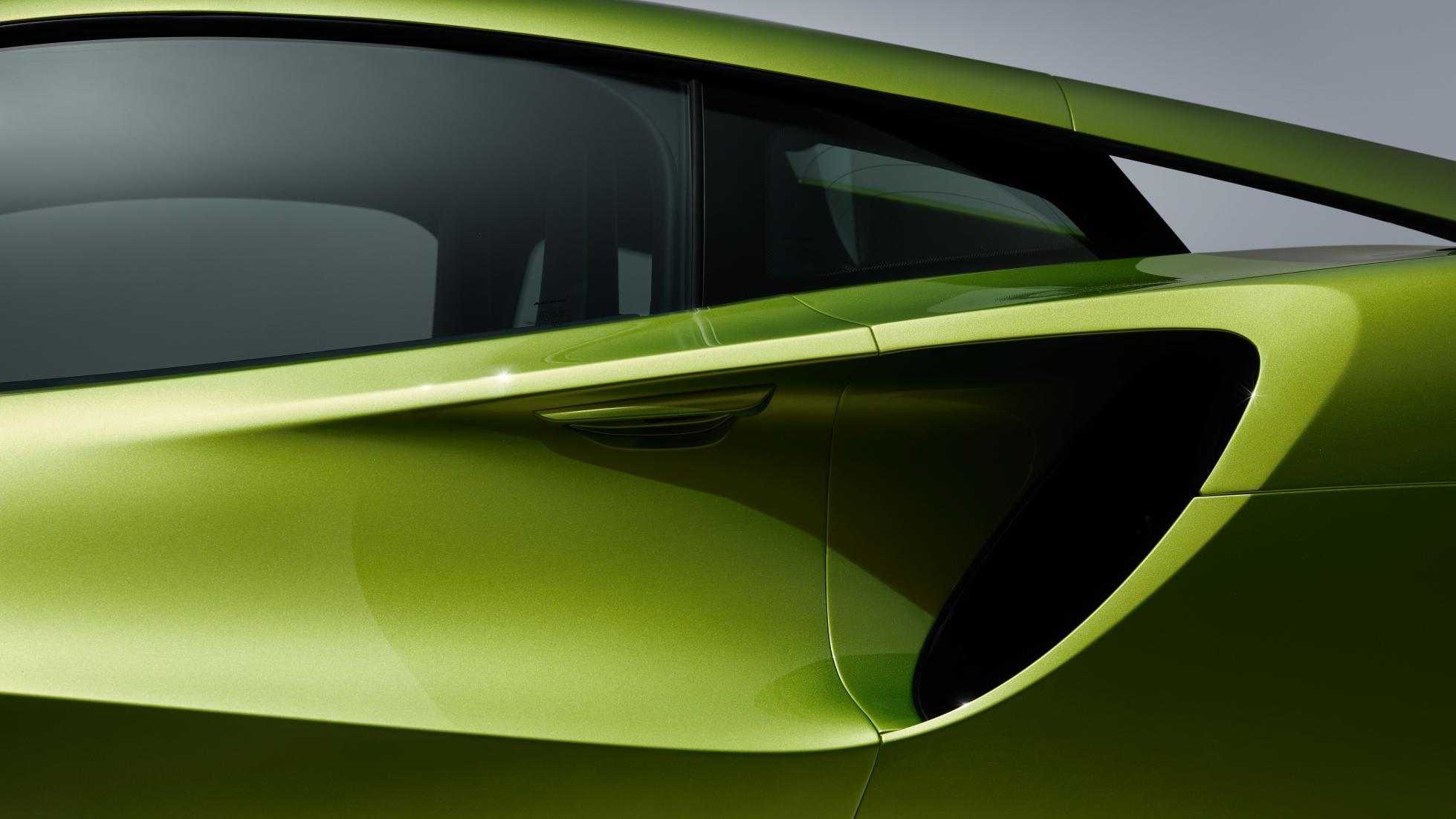 McLaren Artura in Flux Green rear vent